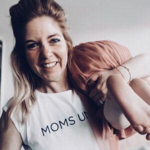 what_eva_loves im Moms Unite Shirt von Momunity