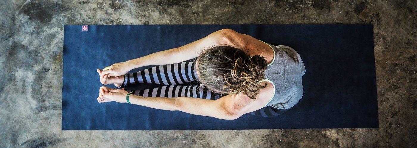 yoga-3088431_1920